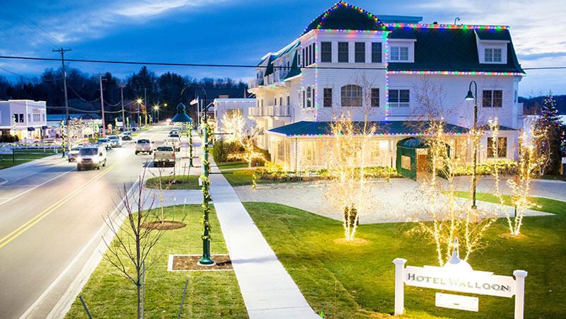 hotel walloon in walloon lake, mi