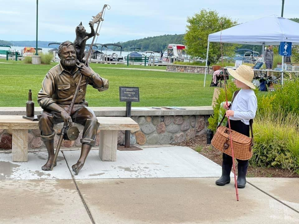 You are currently viewing Northern Michigan Hemingway Sculpture Idea was Born Decades Ago in Cuba